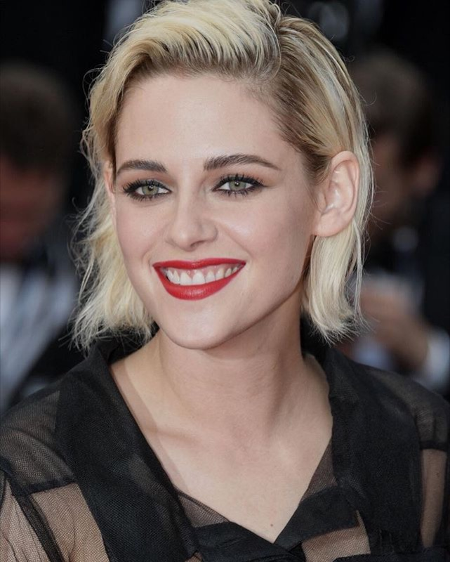 ClioMakeUp-Cannes-2016-red-carpet-beauty-look-primi-giorni-star-vip-kristen-stewart-5