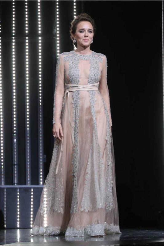 ClioMakeUp-Cannes-2016-red-carpet-beauty-look-primi-giorni-star-vip-valeria-golino-2