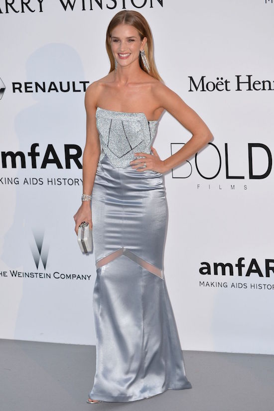 ClioMakeUp-amfar-gala-6-Rosie Huntington-Whiteley