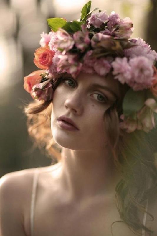 ClioMakeUp-corone-di-fiori-capelli-cover-velvet-style