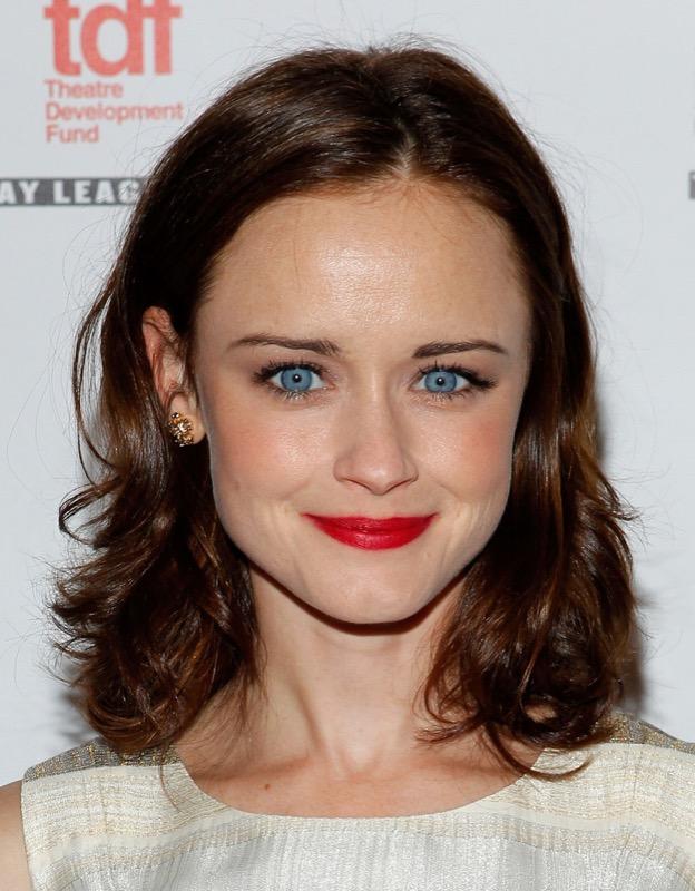 ClioMakeUp-trucco-castana-occhi-azzurri-occhi-labbra-rossetto-ombretto-24