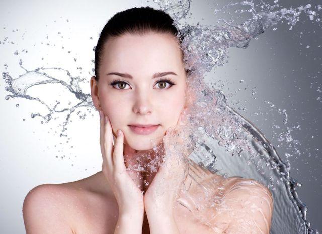 cliomakeup-mascara-waterproof-applicazione-prodotto-consigli-acqua
