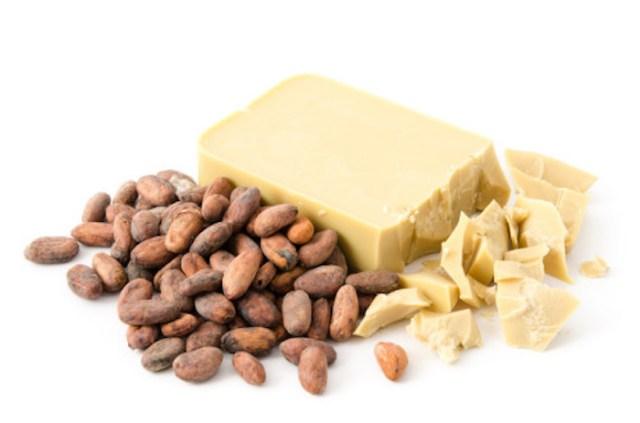 cliomakeup-maschere-piedi-ricette-diy-pedicure-pediluvi-burro-cacao.jpg