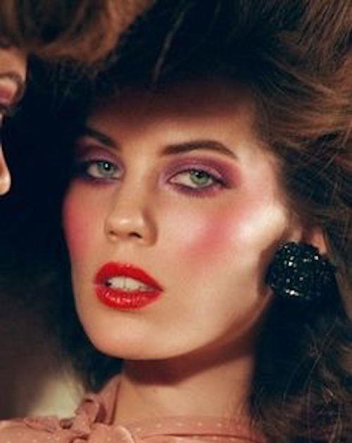 cliomakeup-pelle-luminosa-zone-viso-illuminante-naso-carol-alt-anni-80