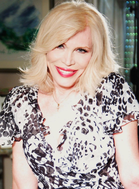 cliomakeup-personaggi-tv-look-iconici-amanda-lear-1