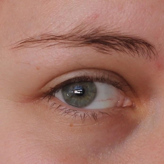 cliomakeup-recensione-little-eyebrow-monster-essence-5