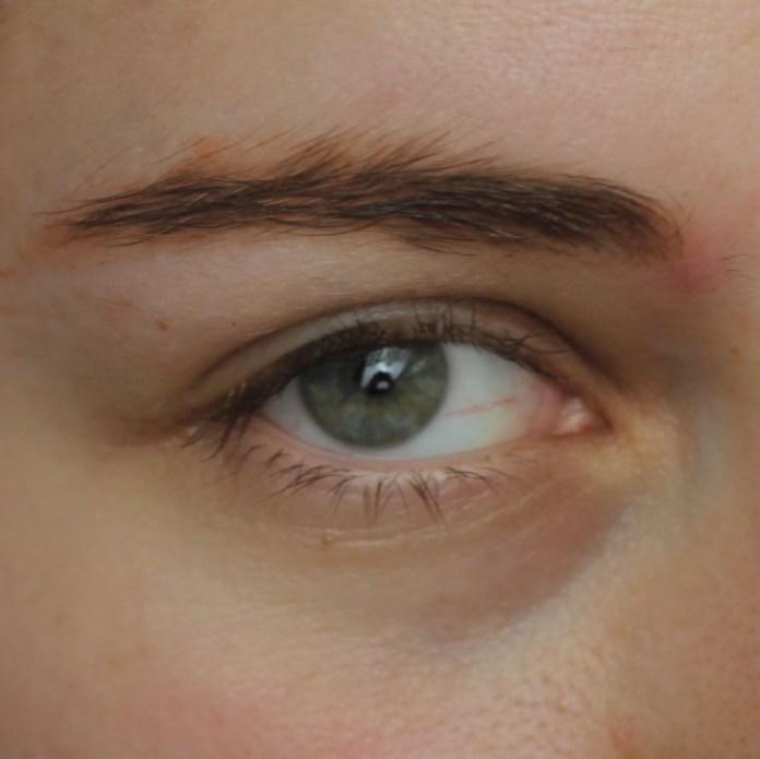 cliomakeup-recensione-little-eyebrow-monster-essence-7