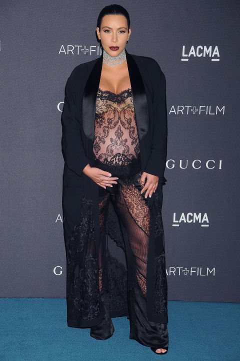 ClioMakeUp-abiti-piu-scandalosi-della-storia-star-red-carpet-celeb-kim-kardashian