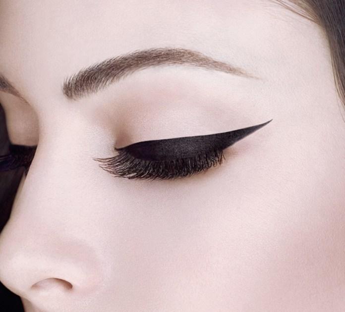 ClioMakeUp-eye-liner-in-gel-waterproof-migliori-top-resistenti-11