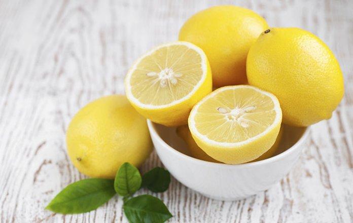 ClioMakeUp-schiarire-capelli-3-limone
