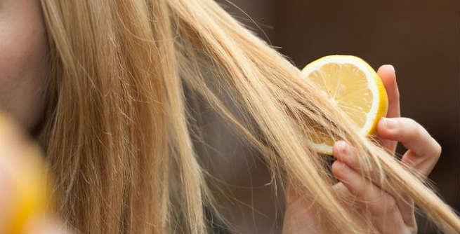 ClioMakeUp-schiarire-capelli-4-limone