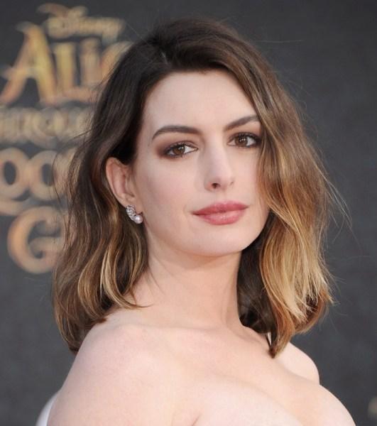 ClioMakeUp-trucco-castana-occhi-castani-look-star-make-up-Anne-Hathaway