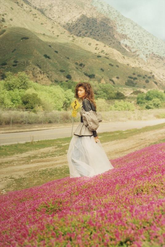 ClioMakeUp-zendaya-copertina-scandalo-wonderland-9