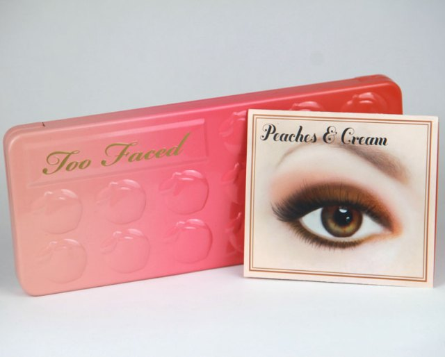 cliomakeup-mini-recensione-sweet-peach-palette-too-faced-4