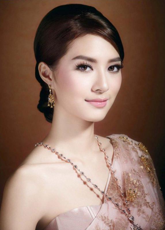 ClioMakeUp-Makeup-nel-mondo-thailandia (15)