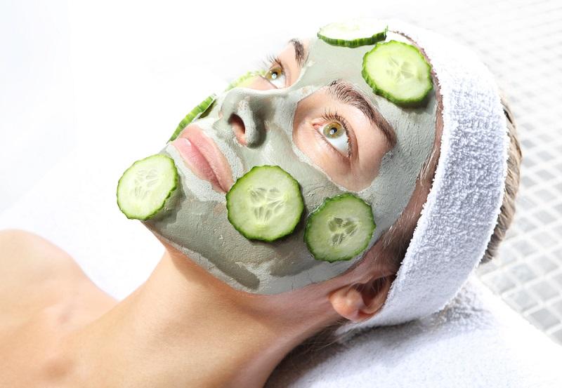 ClioMakeUp-brufoli-estate-caldo-sudore-cure-rimedi-trattamenti-cetriolo-rinfrescante