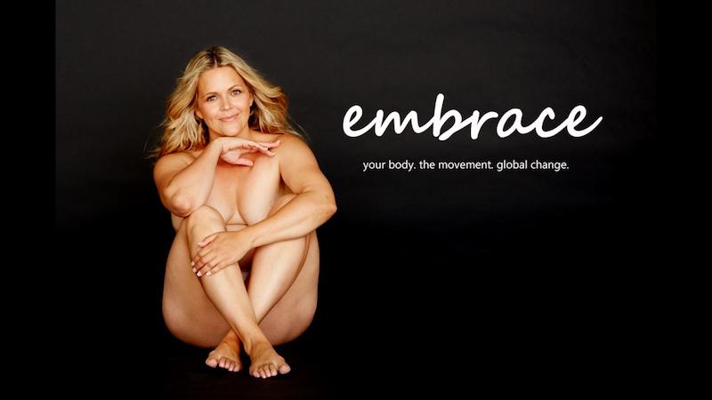 ClioMakeUp-selvaggia-lucarelli-2-embrace-documentario