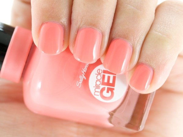 ClioMakeUp-smalti-estate-2016-5-sally-hansen