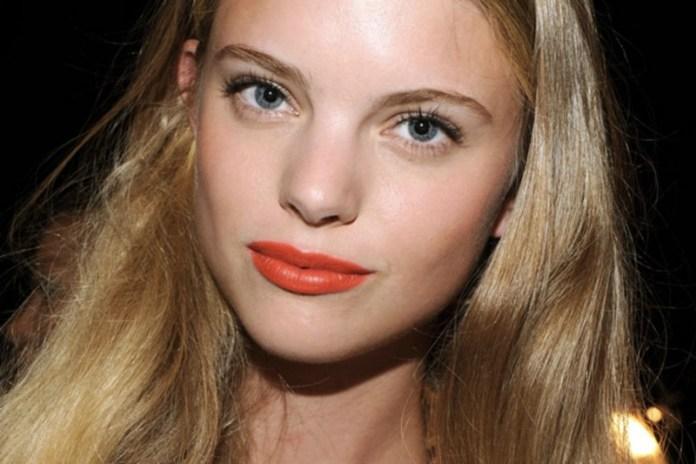 ClioMakeUp-trucco-semplice-impatto-esempi-ispirazioni-star-rossetto-arancio-mascara