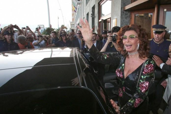 cliomakeup-fashion-show-fendi-dolce-e-gabbana-roma-napoli-14