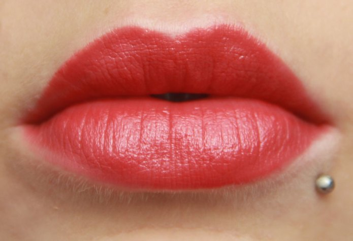 cliomakeup-recensione-kiss-my-lips-debby-10