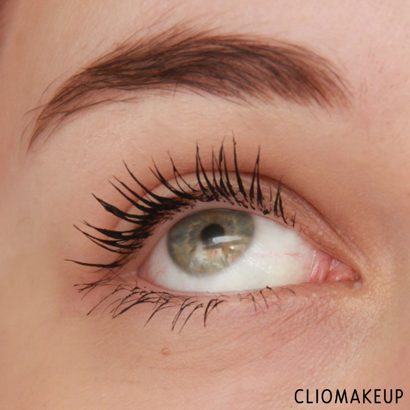 cliomakeup-recensione-lash-sensational-luscious-mascara-maybelline-11