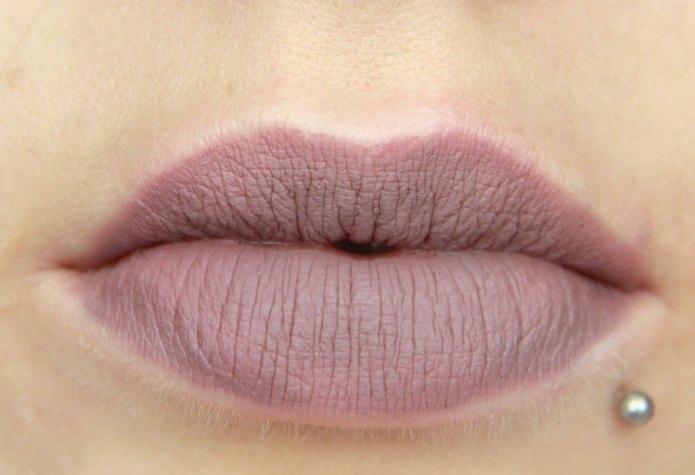 cliomakeup-recensione-lingerie-lipsticks-NYX-10