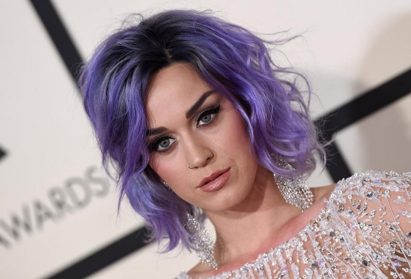 ClioMakeUp-star-capelli-naturali-hair-style-katy-perry-purple-hair-due