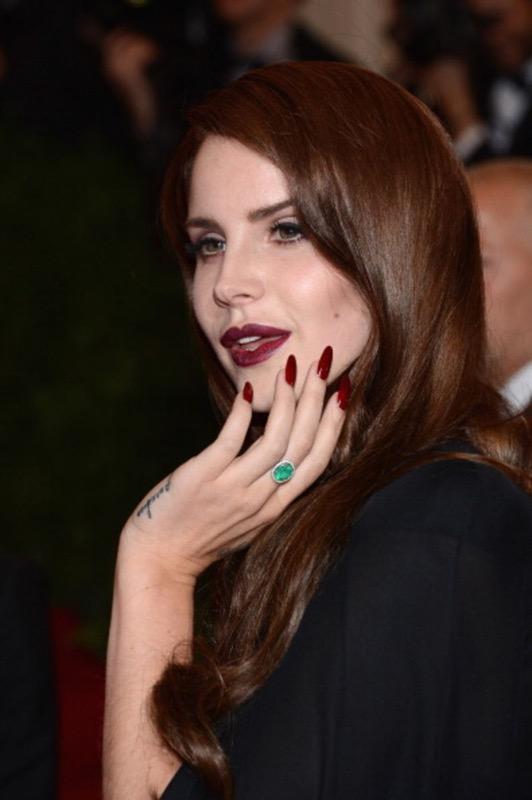 ClioMakeUp-storia-unghie-manicure-nail-trend-100-anni-13