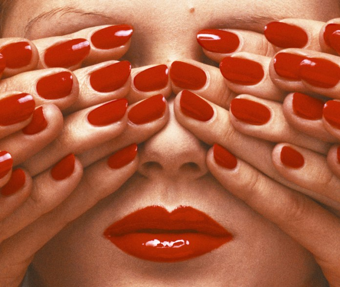 ClioMakeUp-storia-unghie-manicure-nail-trend-100-anni-cover