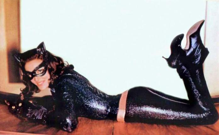 cliomakeup-compleanno-kylie-jenner-4-cat-woman