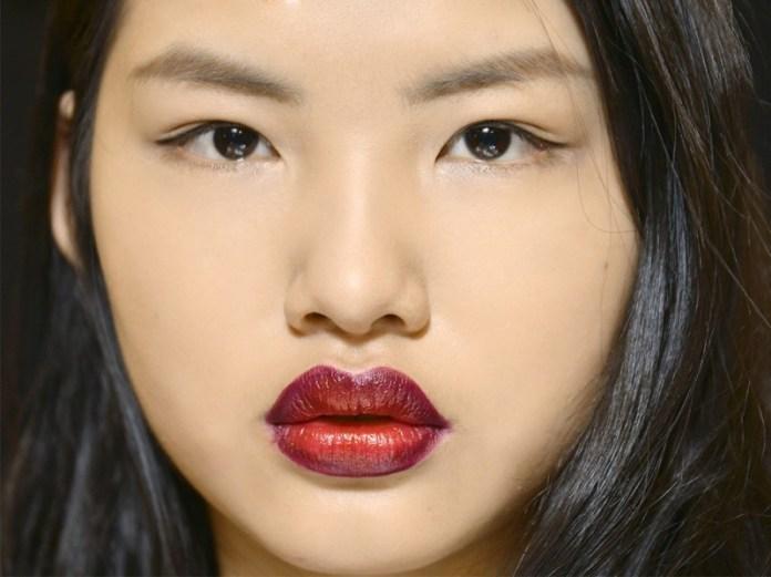 ClioMakeUp-trend-labbra-autunno-inverno-tinte-scure-ombre-lips