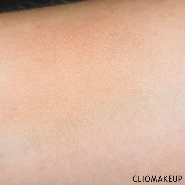 cliomakeup-recensione-flower-enriched-highlighter-kiko-8