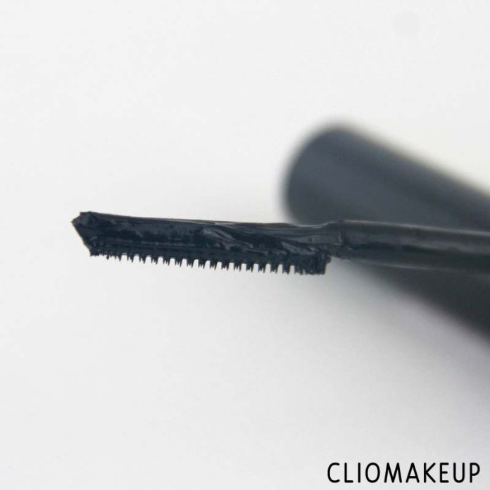 cliomakeup-recensione-lash-dresser-comb-mascara-catrice-3