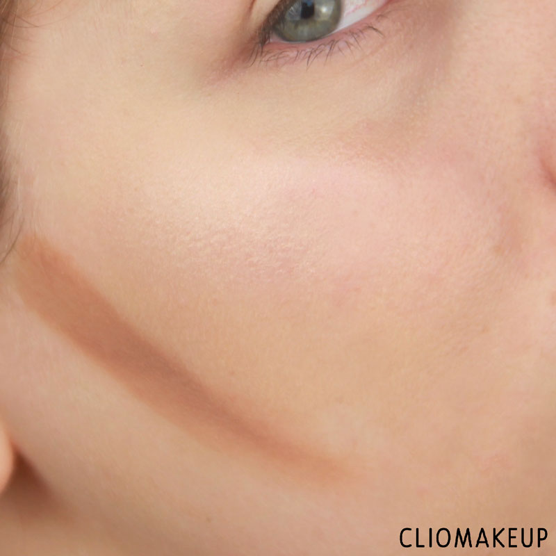 cliomakeup-recensione-strobe-and-cream-contour-palette-kiko-14