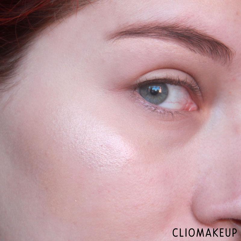 cliomakeup-recensione-strobe-and-cream-contour-palette-kiko-9