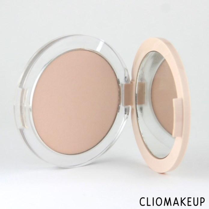 cliomakeup-recensione-fondotinta-camouflage-2-in-1-powder-e-make-up-essence-3