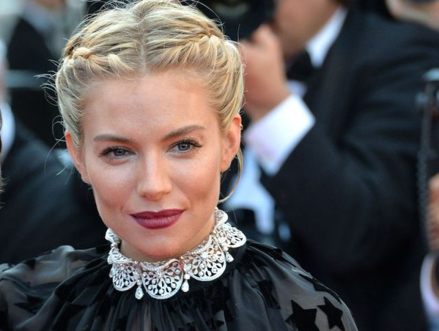 cliomakeup-rossetto-scuro-4-sienna-miller