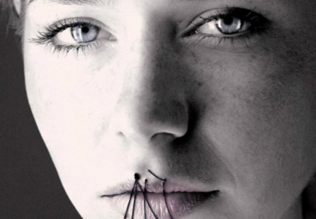 ClioMakeUp-Giornata-contro-la-violenza-sulle-donne-4