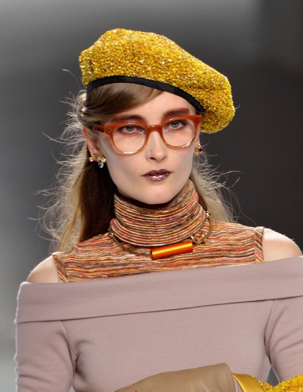 ClioMakeUp-orecchini-occhiali-da-vista-abbinare-come-migliori-top-star-16