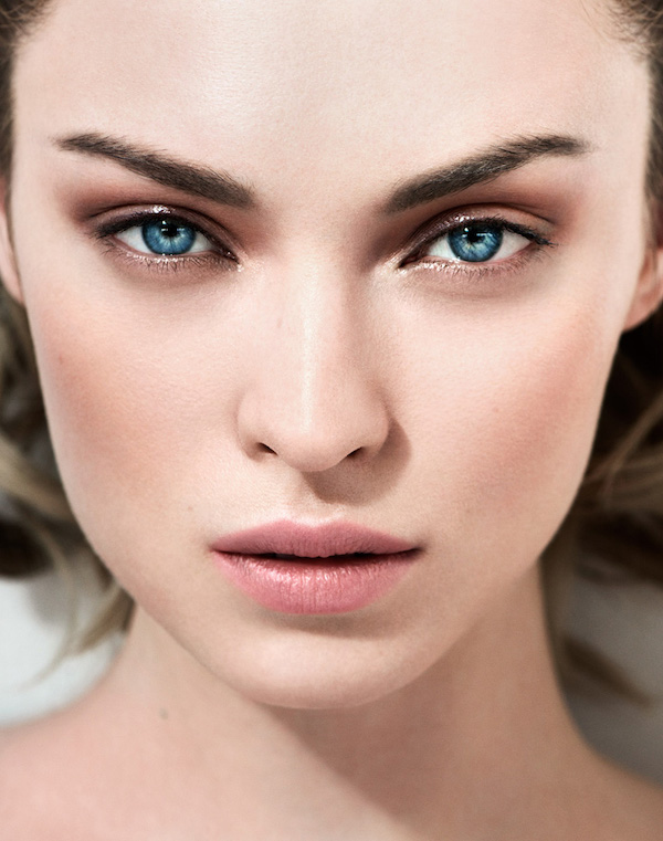 cliomakeup-no-makeup-makeup-2-ombretto-taupe