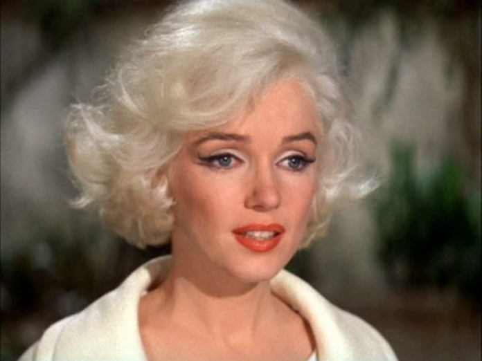 ClioMakeUp-Coolspotting-Marilyn-Monroe-14