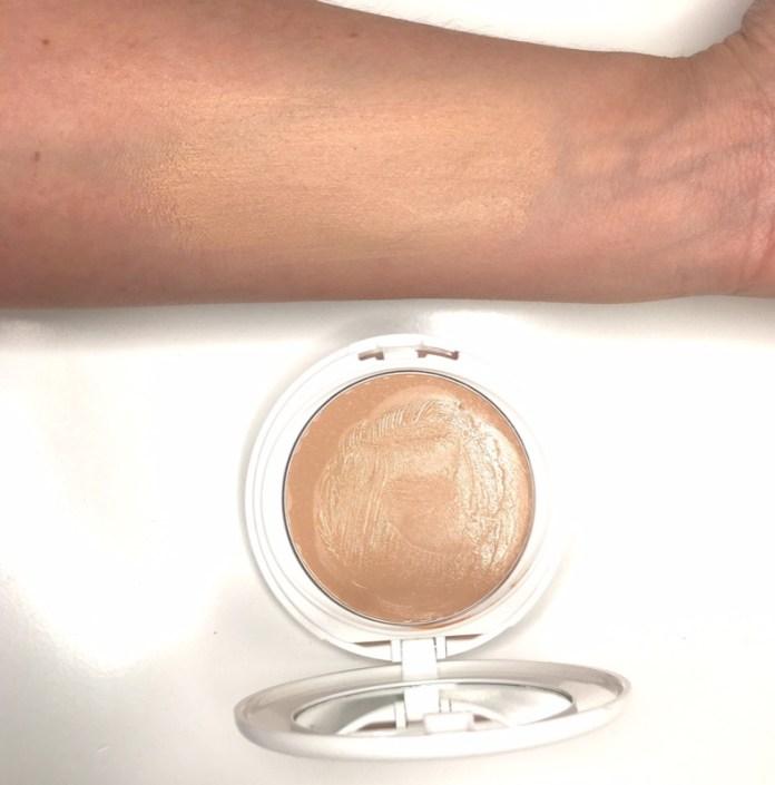 ClioMakeUp-flop-mese-novembre-fondotinta-correttore-maschera-kiko-rossetto