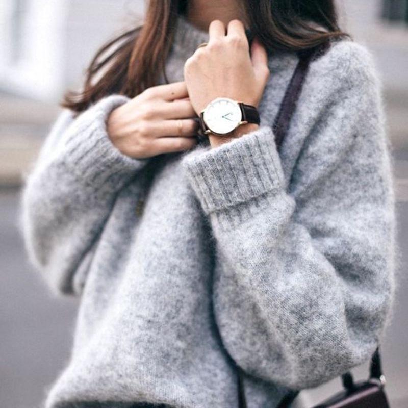 Come abbinare il maglione oversize senza sembrare goffe