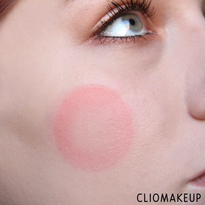 cliomakeup-recensione-cushion-powder-blush-essence-11