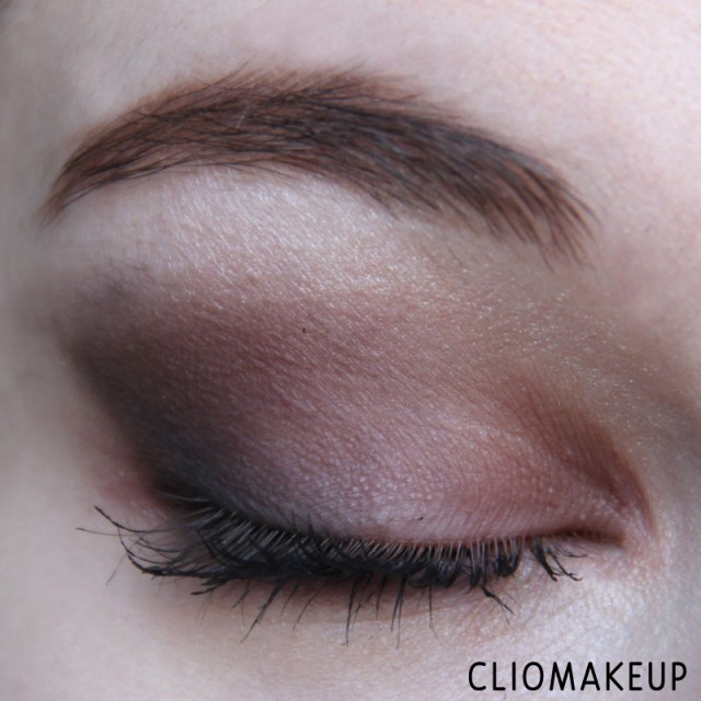 cliomakeup-recensione-illuminating-eyeshadow-base-essence-11