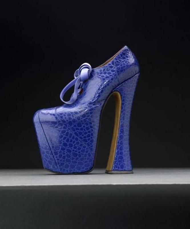 ClioMakeUp-scarpe-famose-celebrities-film-vivienne-westwood