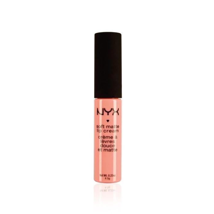 ClioMakeUp-trend-pesca-trucco-occhi-labbra-viso-blush-sophie-turner-makeup-6