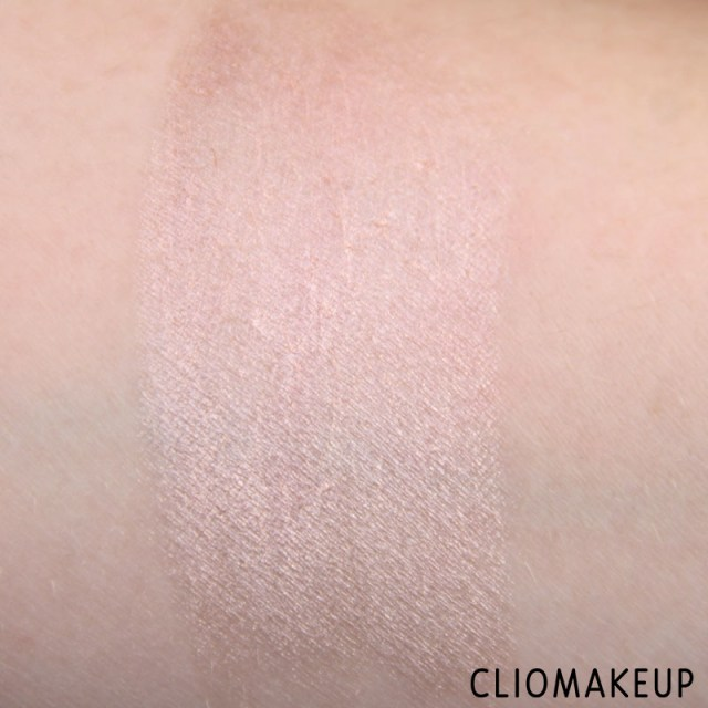 cliomakeup-recensione-we-are-amazing-creamy-eyeshadow-essence-6