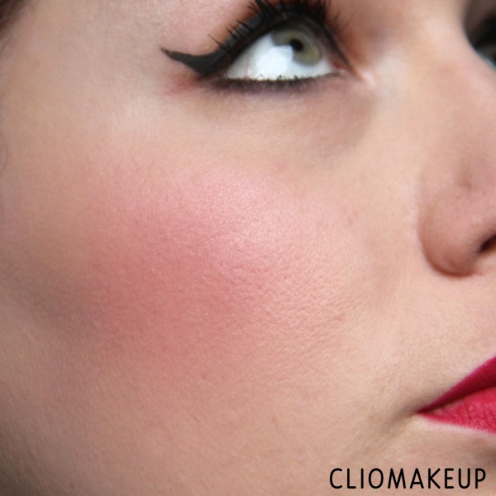 cliomakeup-recensione-we-are-awsome-multicolour-blush-essence-12